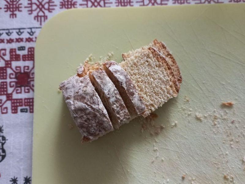 Торт из пряников и бананов без выпечки