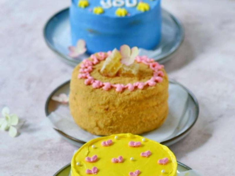 Тортик мини Медовик с кремом чиз