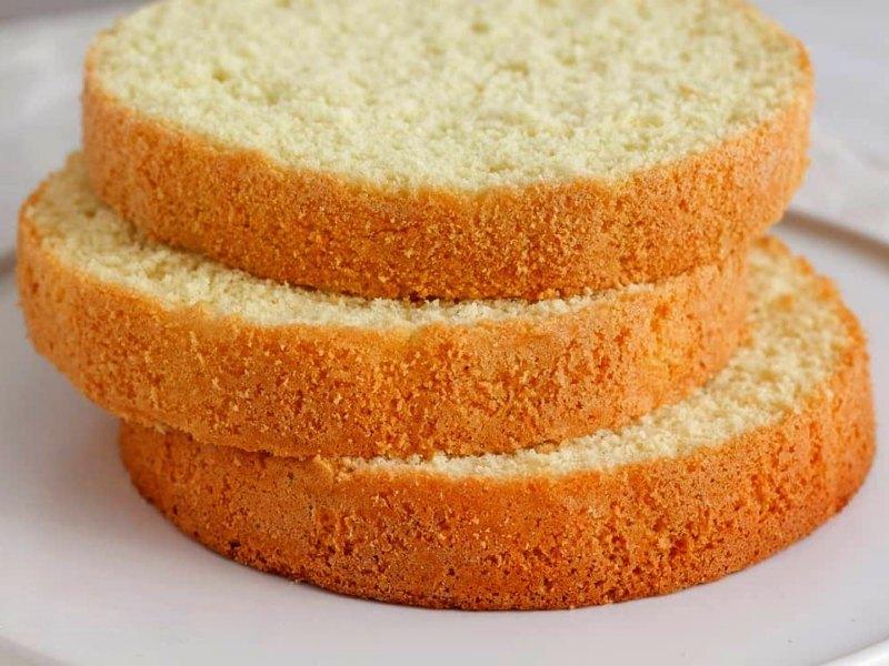 классический ванильный бисквит