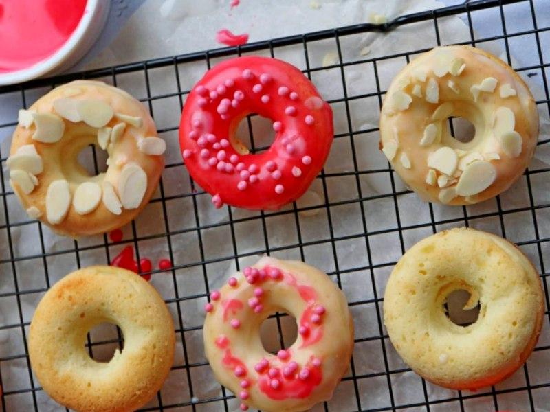 Творожные пончики в духовке рецепт с лимонной глазурью
