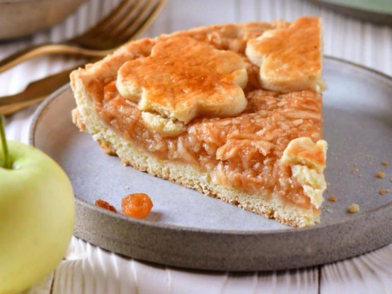 Рецепт яблочного пирога из песочного теста