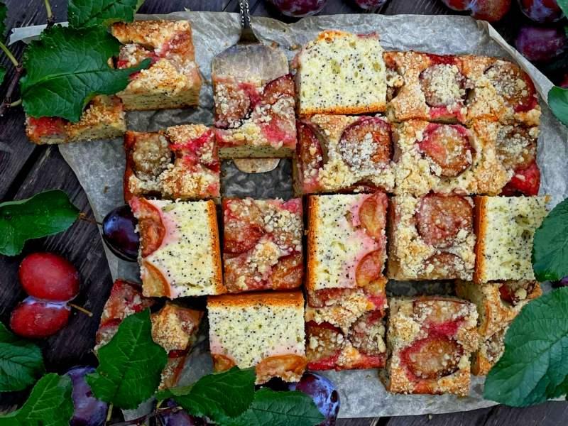 Пирог со сливами и штрейзелем крамблом рецепт