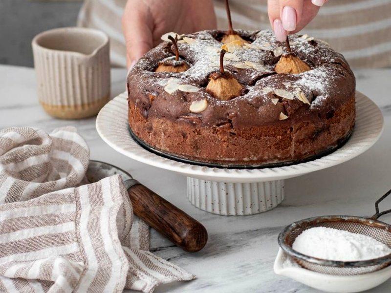 Шоколадный пирог с грушами рецепт