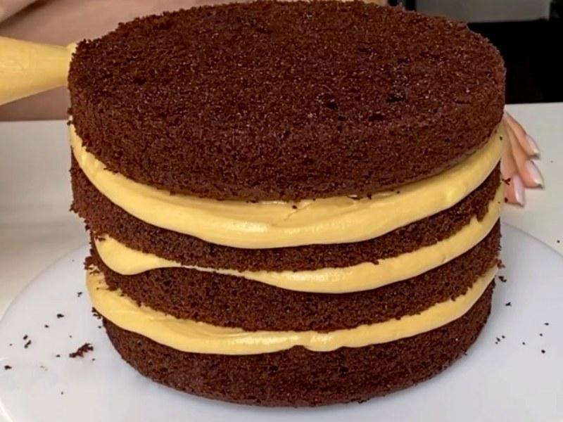 Шоколадный торт со сгущенкой рецепт
