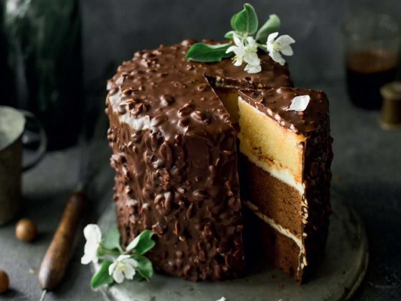 Торт Три шоколада с глазурью Гурмэ