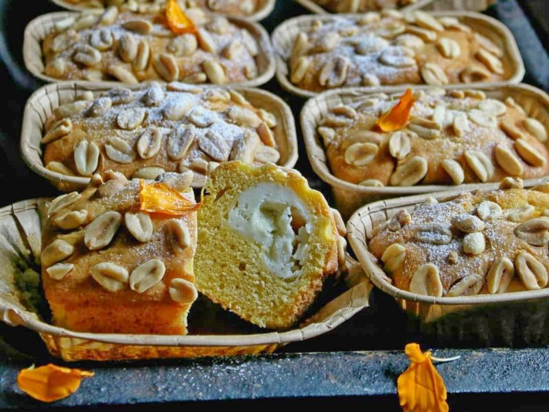Тыквенный кекс рецепт в духовке с арахисом и творожной начинкой